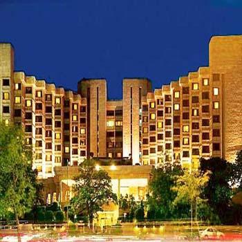 Female To Male Full Body To Body Massage Service By Delhi Night Massage